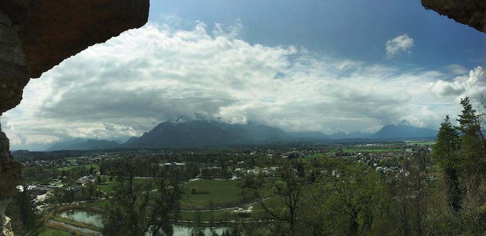 Salzburg 塩の鉱山があります..今でも.jpg